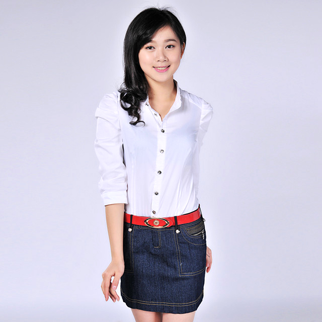 艾莲达(AILANDA) 白色水洗牛仔拼接长袖连衣裙 ACYC2222