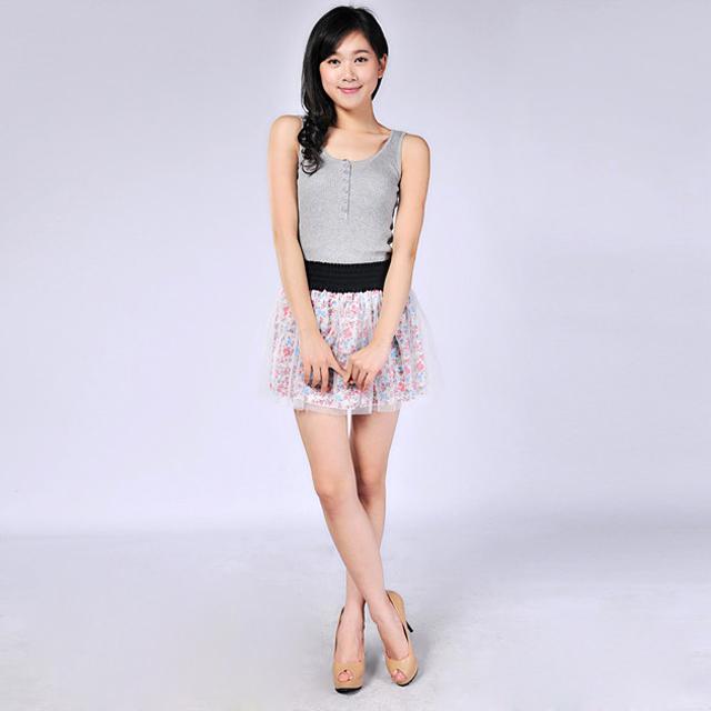 艾莲达(AILANDA) 春天必备单品甜美小碎花短纱裙 ABF2228